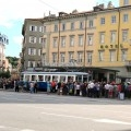 Il Tram inaugurale per Opicina in sosta a piazza Oberdan - Foto Comune di Trieste