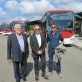 La dirigenza di Seta, Agenzia Mobilità e Act con i nuovi bus di Reggio Emilia - Foto Seta