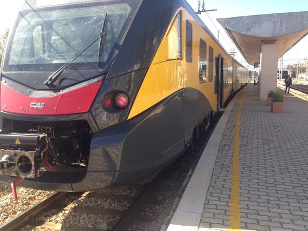 Il moderno ETR452 di Ferrotramviaria per i servizi nel Nord Barese durante le corse di collaudo - Foto Ferrotramviaria