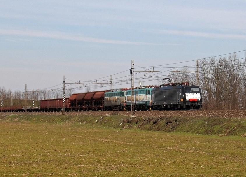 La Siemens E189.108 di MCRE noleggiata da Trenitalia - Foto Ferdinando Ferrari