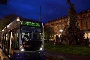 Prima corsa domenica 19 aprile a Torino per la nuova linea tram 6 da piazza Statuto - Foto Alessandro Frola