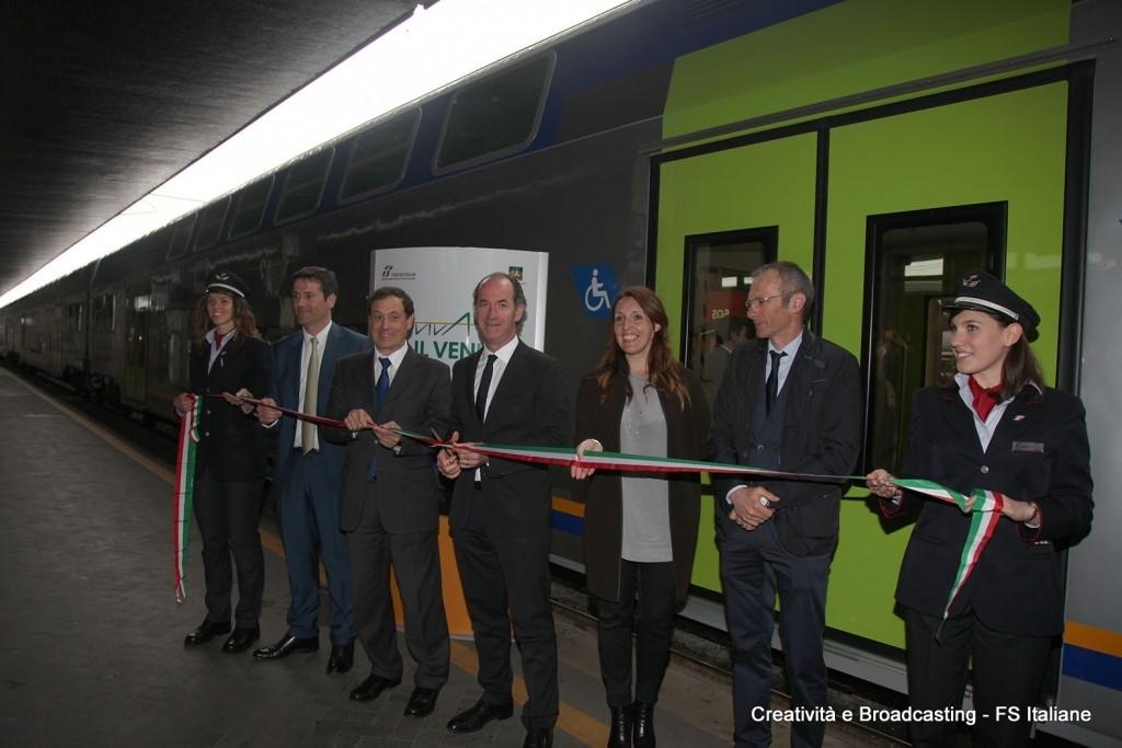 L'Ad di TRenitalia Soprano e il presidente della Regione Veneto Zaia inaugurano il nuovo Vivalto - Foto Gruppo Ferrovie dello Stato Italiane