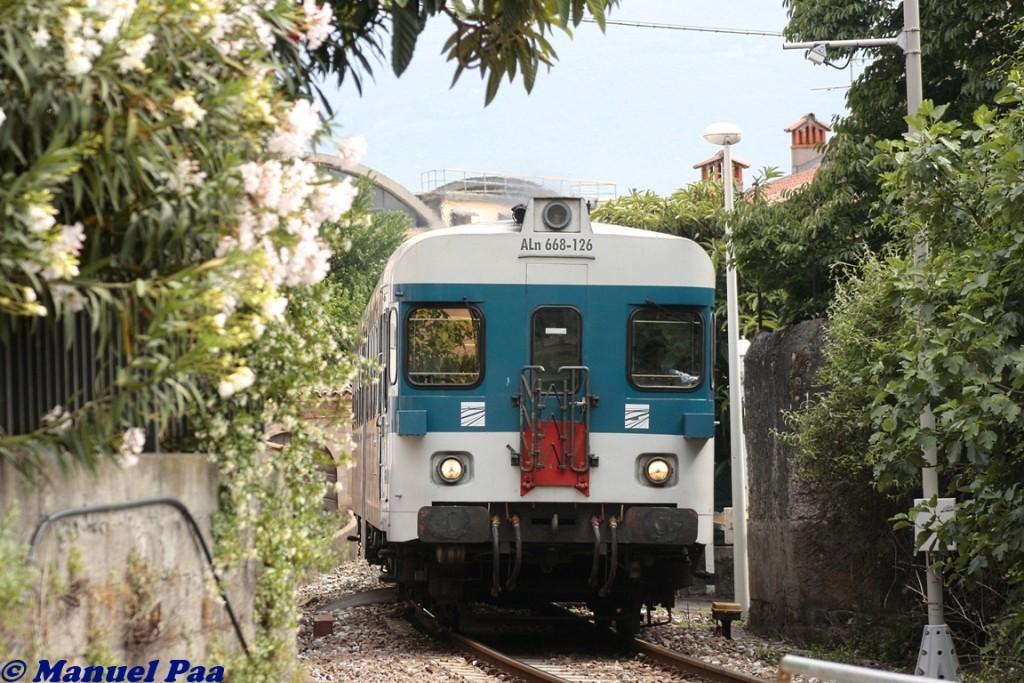 ALn668 126 in servizio sulla Brescia-Edolo - Foto Manuel Paa