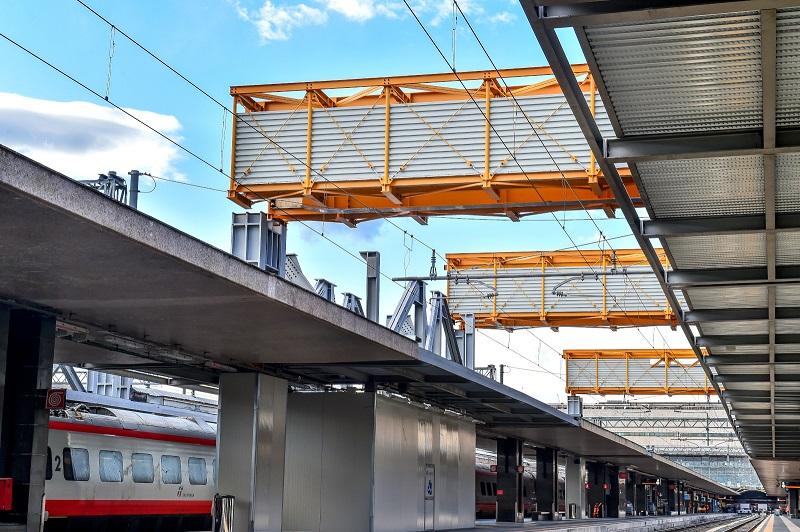 Varo della prima struttura della piastra parcheggi di Roma Termini - Foto FS Italiane / Francesco Vignali